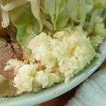 ラーメン富士丸 - ニンニク