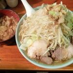 ラーメン富士丸 - ラーメン+ヤサイニンニクアブラ