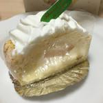 米十 - 洋梨のケーキ