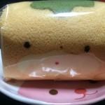 51382129 - ぐんまちゃん生ロールケーキ【料理】