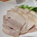 51407644 - ゆで豚ばら肉の薄切り、特製ソースかけ