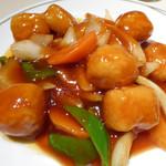 51407671 - 白身魚の揚げ物、甘酢あんかけ
