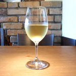 LE SEVERO - ランチ ワンプレート 2500円 の白ワイン