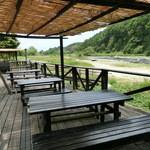 寒井観光余一やな - 川の見えるテラス席