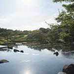 京野菜レストラン梅小路公園 - 庭園を見ながらお食事が楽しめます