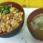 秋葉鶏排 - ルーロー飯セット500円