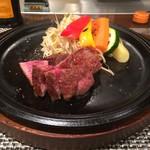 キャラバン ステーキ専門店 - 佐賀牛 ヒレ&サーロインMIXの4オンス(6,000円)