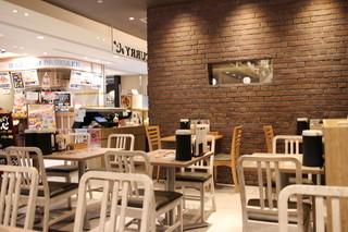 カレー食堂 心 ヨドバシAkiba店 - 店内。