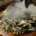 野菜と炭火肉&魚介 GOOD FARMS KITCHEN - スーパーフードキアヌとはんだまのアイランドシーザー~液体窒素の凍結パウダースノー~