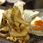 野菜と炭火肉&魚介 GOOD FARMS KITCHEN - チラガー炙り