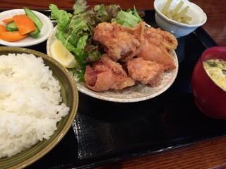 沖縄料理 居酒や こだま - 日替わり定食