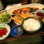 わか月 - 煮魚定食 1100円