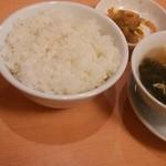 51474857 - ライス、スープ、お新香