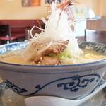 ぎょうざ亭 - 料理写真:野菜たっぷり味噌らーめん(七味付き)