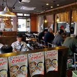 麺や大舎厘 - テーブル席 & カウンター席(2016年5月)