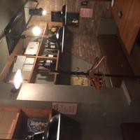 肉ビストロ G&G MARKET - アメリカの古い倉庫をイメージした内装