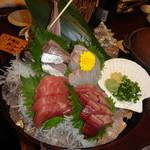 三代目網元 魚鮮水産 - 刺身4点