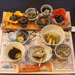 旅館 おかやま - 料理写真:前菜の盛り合わせ