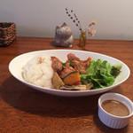カフェ マリオ - 160527 若鶏の揚げ焼き胡麻だれソース