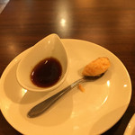 肉ビストロ WAIGAYA - 追加ソースと一味マヨネーズ