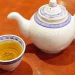 中華料理 太一 - プーアル茶
