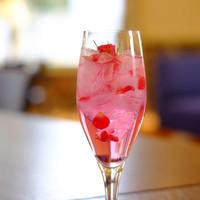 一色堂茶廊 - ダマスクローズジュース ブルガリア生まれのローズジュース