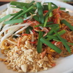 タイ田舎料理 クンヤー - パッタイ