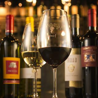 こだわりのワインの種類は約200種