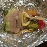 和食バル 音音 - 豚肉と野菜のホイル焼き