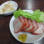 酔来軒 - 焼豚(ハーフサイズ) 350円かな? (2016.5)