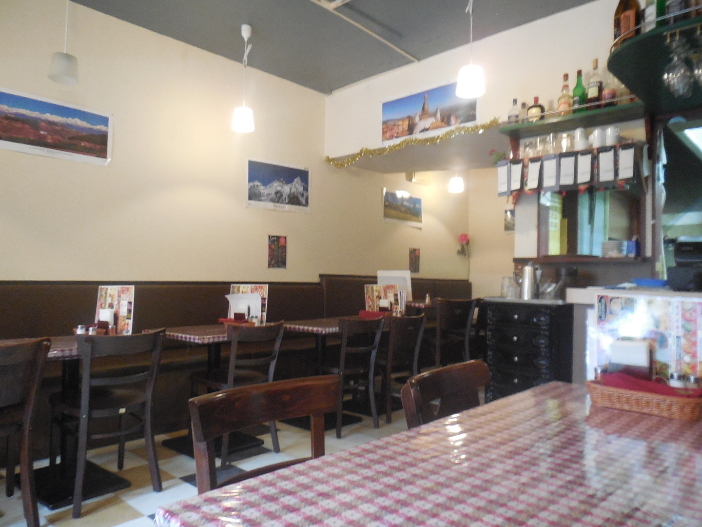 アジアン キッチン&バー ザ・エベレスト