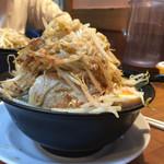 ジャンク屋 哲 - 麺少なめヤサイちょいマシ  麺すくなめは煮玉子付きます