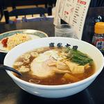 喜多方屋 - 喜多方らーめんと半焼きめしのセット(¥780)