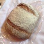 51520574 - ライ麦のパン(大)