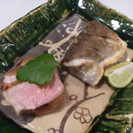 日本料理 宮本 - 魳 (かます)の塩焼きと豚ヒレの山椒焼き