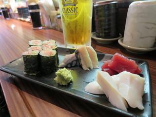 回転寿司 ぱさーる - 晩酌セット 1300円(ドリンク2杯、巻物1本、お刺身3品)(2016年5月)