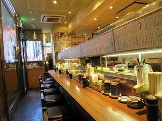 回転寿司 ぱさーる - カウンター(2016年5月)