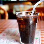 アリス - アイスコーヒーは苦味があって食後にピッタリ。