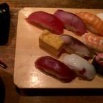 魚がし日本一 - 特盛りにぎり(13貫) ¥980
