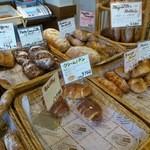 51531565 - 美味しそうなパンの数々…。(2016年5月)