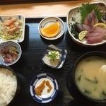 魚大将 - 刺身定食(ハマチ) 980円