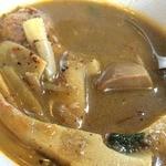 エイケイコーナー - スープカレー状のソースに