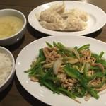 上海バール - ピーマン肉細切り・定食セット・水餃子
