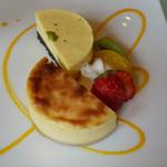 51543946 - チーズケーキ2種