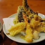 湘南茅ヶ崎 道 - ランチの天ぷら盛り合わせ