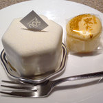おかしの家ノア - レアチーズケーキ411円