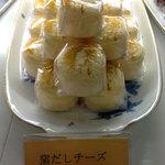 おかしの家ノア - 窯だしチーズ133円