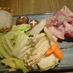 51557682 - 名古屋コーチンの濃厚鶏すき鍋の具材(10品コース)