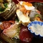 51558947 - 上海鮮丼