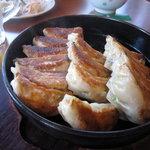 5156445 - 名物鉄鍋餃子